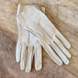 Vintage Leather Perforated Ivory Driving Gloves